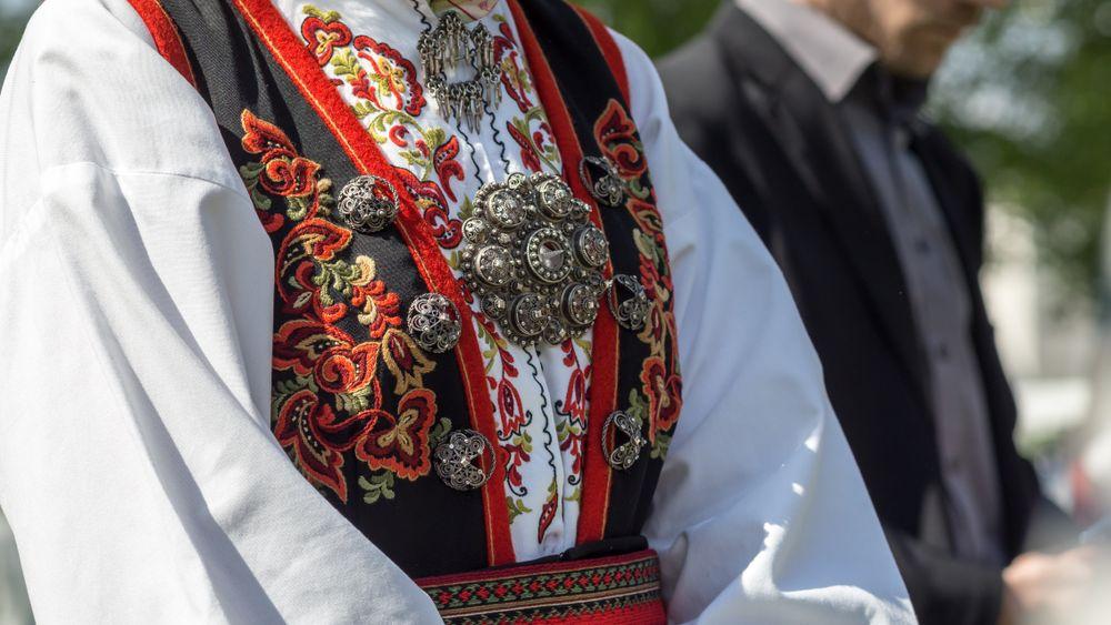 Tout ce que vous devez savoir sur le bunad, costume traditionnel en Norvège !