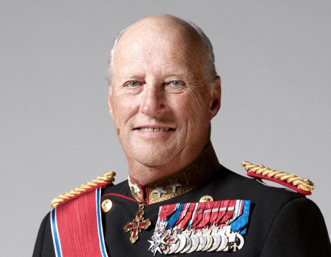 Le roi Harald de Norvège hospitalisé à Oslo