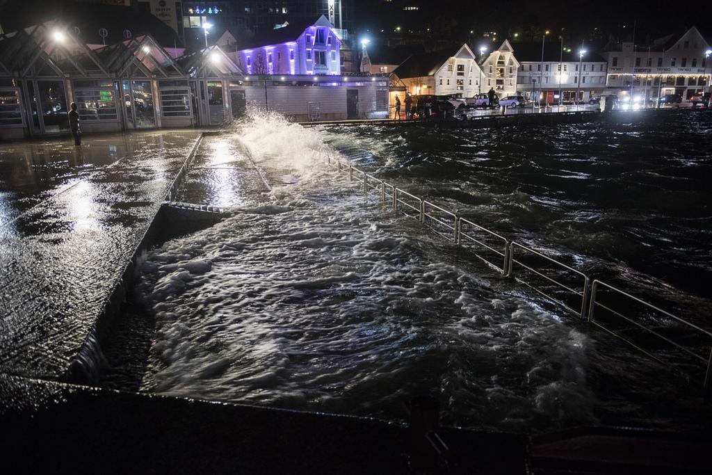 Une violente tempête balaye les côtes norvégiennes